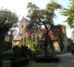 Pressefoto Kirche St Briccius Trotha