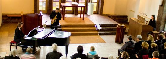 Dialog: Urauffühungen im Gottesdienst - Gesundbrunnen