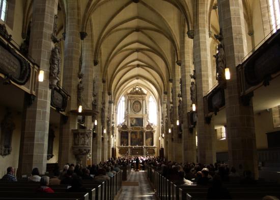 Dialog: Urauffühungen im Gottesdienst - Dom