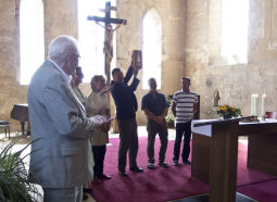 Übergabe Goldener Kirchturm in Wettin